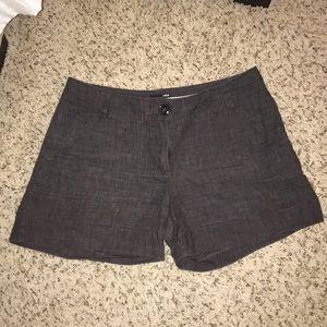 H&M gray linen cuffed shorts